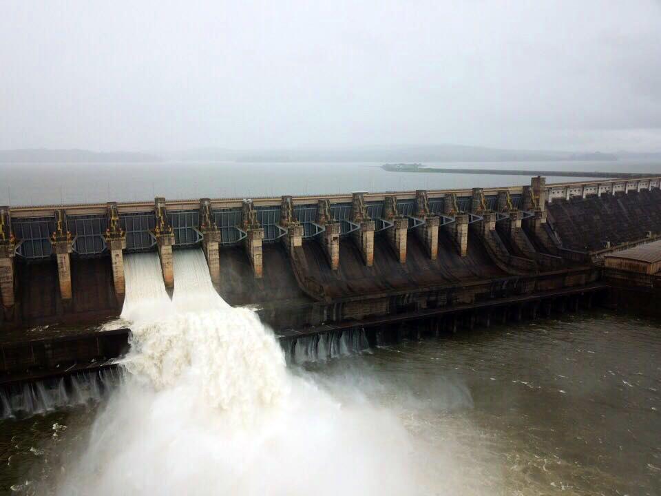 Usinas hidrelétricas, como a de Tucuruí, dependem das chuvas. Para Adriano Pires e Xisto Vieira Filho, o Brasil precisa explorar melhor os recursos