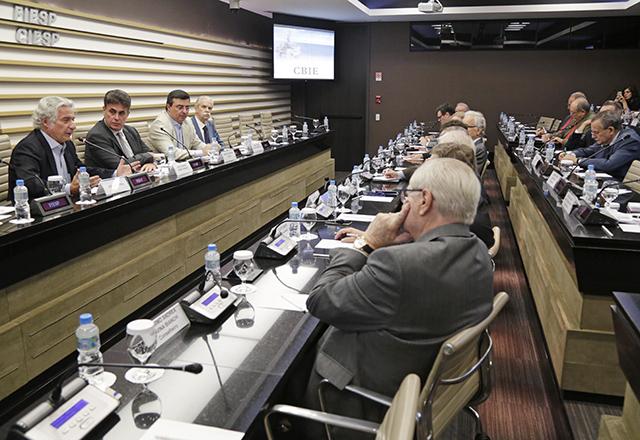 Indústria paulista avalia monopólio da Petrobras na produção e no fornecimento de gás natural