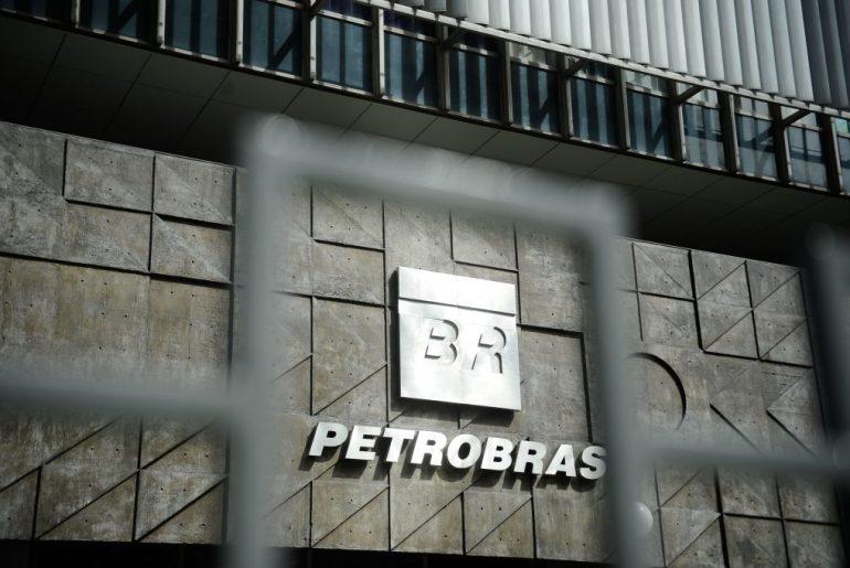Analistas veem risco a plano de venda de ativos da Petrobras