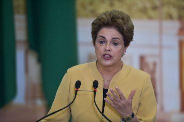 Dilma concorda parcialmente com interferência de Bolsonaro na Petrobras