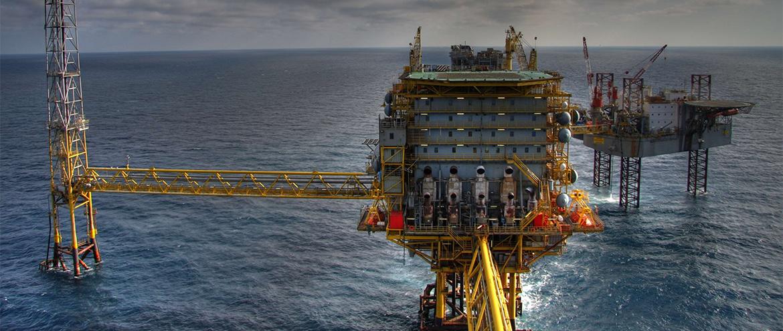 Como a queda no preço do petróleo afeta os seus investimentos